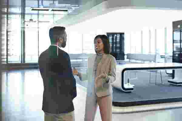 5个心理技巧,使您成为更好的商业对话家